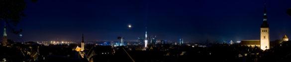 Tallinn dniem i nocą